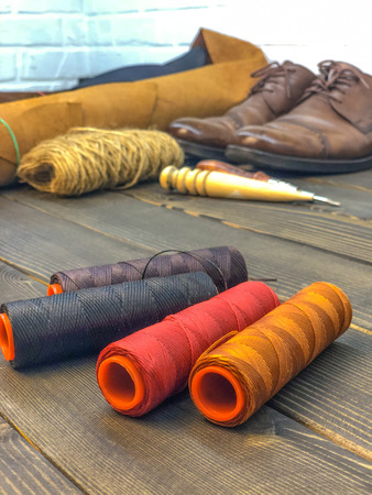 leather goods. workshop for the manufacture of clothing and accessories. Stockfoto
