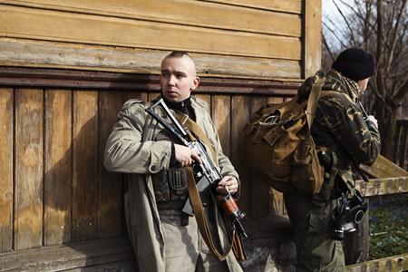 sicario: Hitman en la operaci�n de captura de la aldea