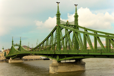 Green Liberty Bridge, over the Danube river in Budapest, Hungary Stok Fotoğraf