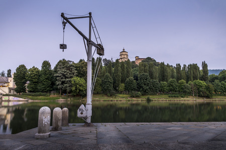 hoists: crane scale