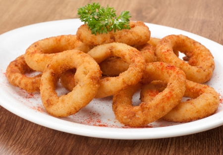 golden ring: fried onion rings snack