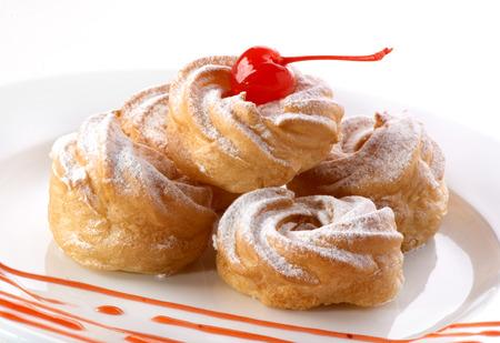 bigne: Vanilla profiteroles