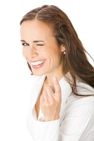Retrato de joven sonriente mujer de negocios feliz con follow me gesure, aislado en fondo blanco