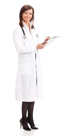 doctor verpleegster: Gelukkig arts met een stethoscoop schrijven op klembord, geïsoleerd
