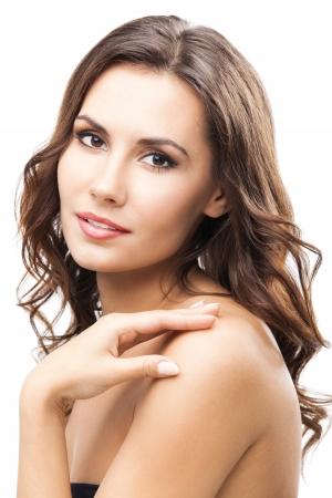 naked young women: Портрет красивой молодой счастливой улыбкой женщины с длинные вьющиеся волосы, изолированных на белом фоне