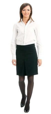 mujer cuerpo completo: Retrato de cuerpo completo de mujer de negocios caminando, aislada sobre fondo blanco