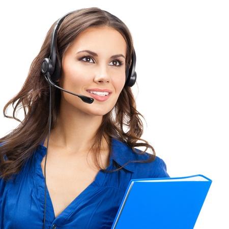 hotline: Portret van gelukkige lachende vrolijke mooie jonge ondersteuning telefoon operator in headset met blauwe map, ge
