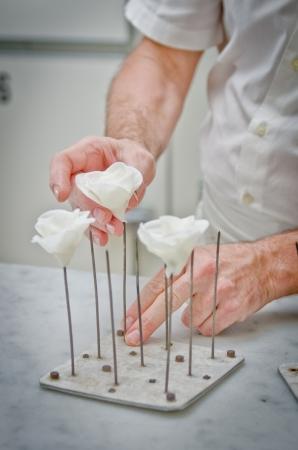Sugar roses for weddings cakes