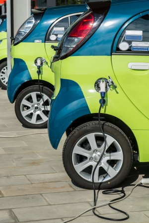 electric current: Electric car