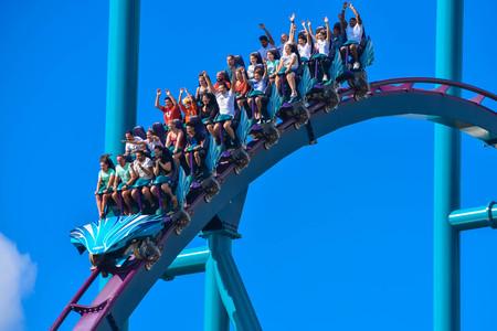 Orlando, Florida . February 26, 2019. People having fun amazing Mako rollercoaster at Seaworld Theme Park (11)