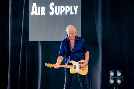 Orlando, Florida. March 26, 2019. Graham Russell from air supply, singing beautiful melody at Epcot in Walt Disney World (4) Redakční