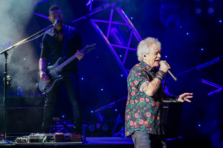 Orlando, Florida. March 26, 2019. Russell Hitchcock from air supply, singing beautiful melody at Epcot in Walt Disney World (21)