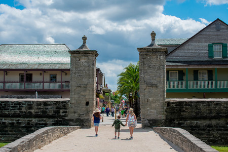 St. Augustine, Florida. March 31, 2019. Family walking in Old City Gate at St. George street in Floridas Historic Coast (3)
