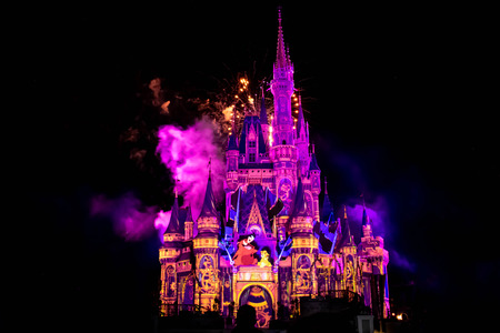 Orlando, Florida. April 02, 2019. Happily Ever After is Spectacular fireworks show at Cinderellas Castle in Magic Kingdom (12) 報道画像