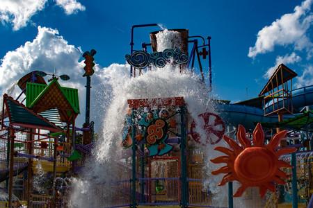 Orlando, Florida. April 26, 2019. Top view of Katas Kookaburra Cove with water splashing from a giant bucket at Aquatica water park Редакционное