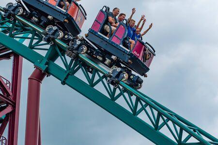 Tampa Bay, Florida. July 12, 2019.People having fun terrific Snakes Curse rollercoaster at Busch Gardens 1 Redakční
