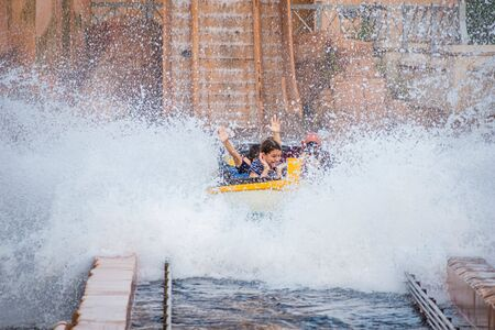 Orlando, Florida. July 25, 2019. People having fun Journey to Atlantis, with spectacular splashing at Seaworld 43 Éditoriale