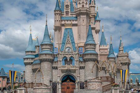 Orlando, Florida. 23 settembre 2019. Vista parziale del Castello di Cenerentola al Magic Kigndom (218) Editoriali