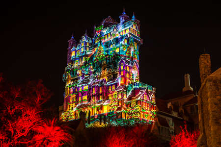 Orlando, Florida. January 03, 2020 Colorful projections on The Hollywood Tower Hotel at Hollywood Studios (52) Redactioneel