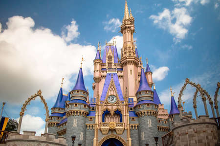 Orlando, Florida. September 21, 2020. Beautiful view of Cinderella Castle in Magic KIngdom (87) Editoriali