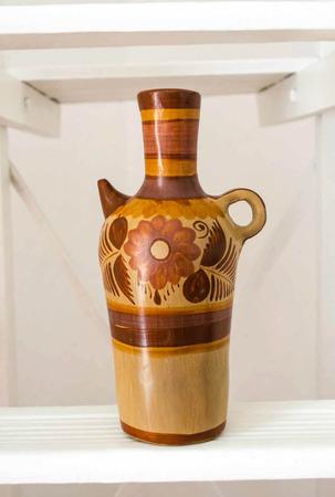 Tonal jar