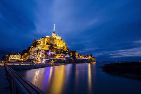 mont saint michel: Visit Paris see the Le Mont-Saint-Michel Editorial