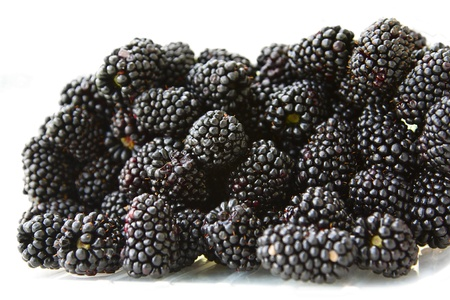 rote: A lot of a ripe juicy blackberry.