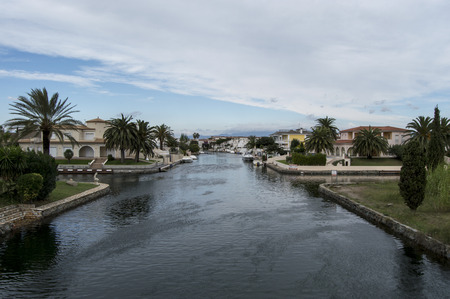 urbanization: The urbanization of Empuriabrava