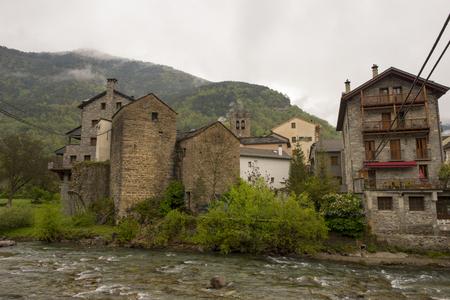 perdido: Through the village of Broto in Huesca, Pyrenees