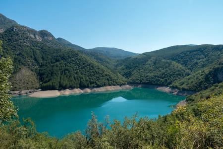Baserca reservoir in the Pyrenees in Summer, Spain 版權商用圖片