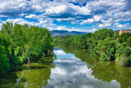The Camino de Santiago as it passes through Puente la Reina, Navarra, Spain Reklamní fotografie
