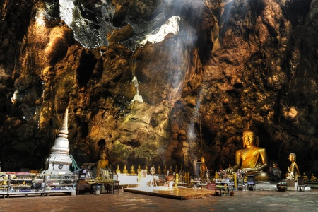 stone buddha: Temple in a cave, Khao Luang