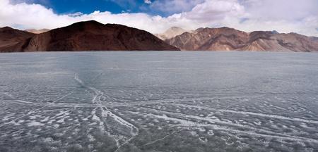 ladakh: Icy Pangong Lake, Ladakh, Kashmir Stock Photo