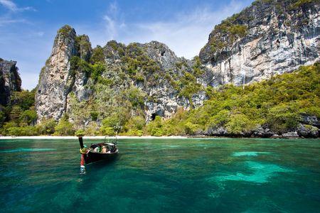 Snokling Point at Phi-Phi Island Phuket Andaman Thailand Stock Photo - 7407803