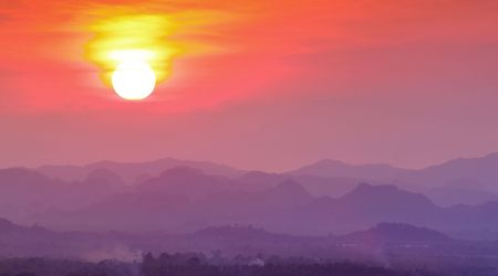 Sunset in Mountain, Southern of Thailand Stock Photo - 7601494