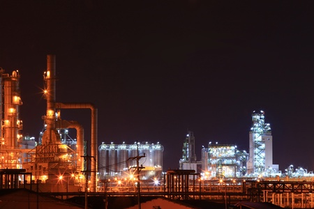 petrochemical: oil petrochemical refinery factory Stock Photo