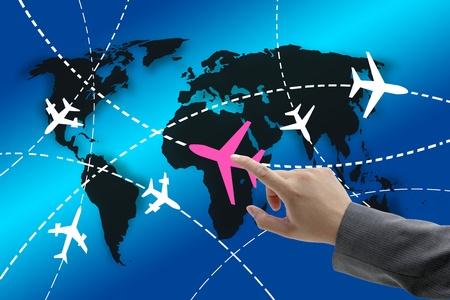 mano touch: tocco a mano sugli aerei con itinerari in tutto il mondo per il concetto di business travel