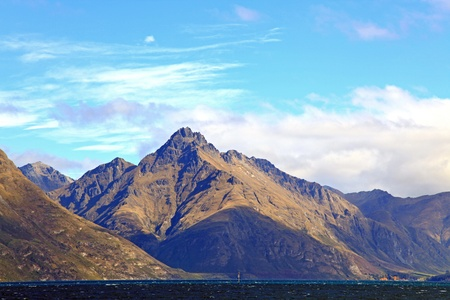 New Zealand Scenic Mountain Landscape at Lake Wakatipu of Queenstown New Zealand Stock Photo - 11867005