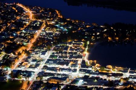 trails of lights: Veduta aerea del percorso luce Trasporto di Queenstown, Nuova Zelanda Archivio Fotografico