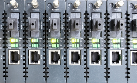 ethernet cable: Hot Swap Lan Storage for server data center Stock Photo