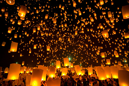 yeepeng: Flying Sky Lantern on Yeepeng festival, thai lanna tradition religion in Chiangmai thailand Editorial