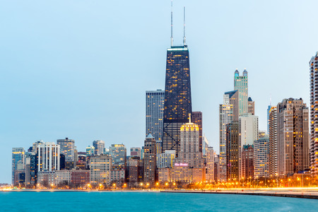 illinois river: Chicago downtown and Lake Michigan at dusk Stock Photo