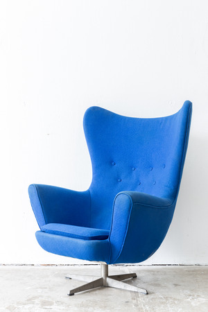 modern Blue Chair contemporary style in vintage room Archivio Fotografico
