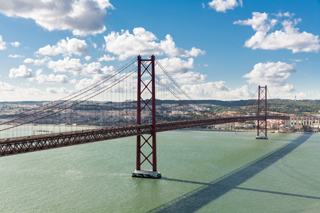 lisbonne: Lisbon cityscape with 25 de Abril suspension Bridge, Portugal Stock Photo
