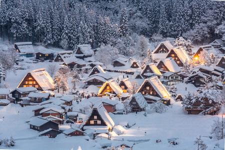 岐阜県, 中部, 日本の降雪と白川郷ライトアップ