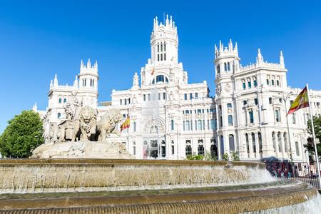 plaza de la cibeles: Square Plaza de la Cibeles de Cibeles - Oficina Central de Correos Palacio de Comunicaciones, Madrid, Espa�a.
