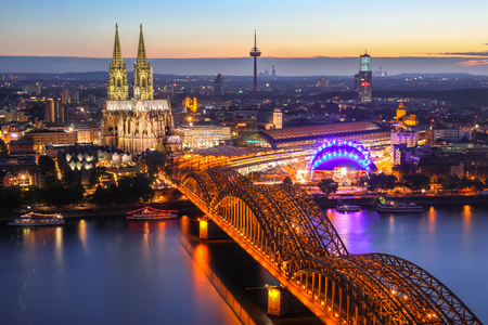 dom: Cologne Cathedral aerial view, Cologne, Germany