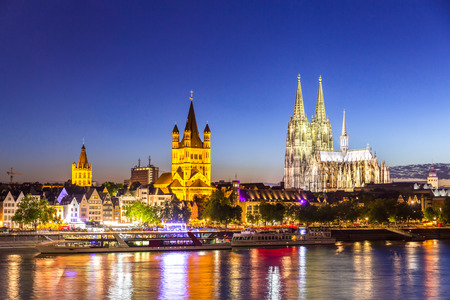 Cologne Cathedral along river rhine Germany. Reklamní fotografie - 54115620