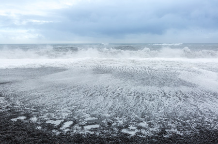 northshore: Big Wave at black beach Iceland