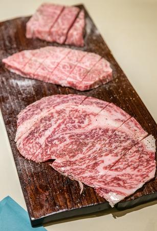 frescura: Frescura japonesa Wagyu A5 carne a la parrilla yakiniku Foto de archivo